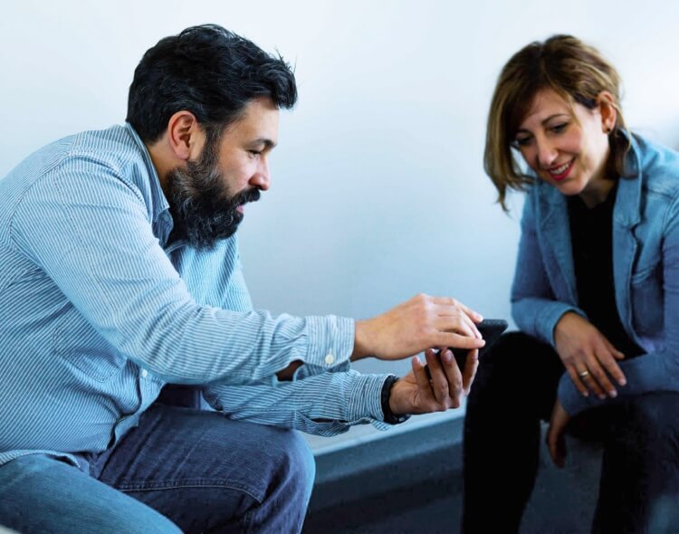 App Agentur SPRYLAB Büro und Mitarbeiter mobile